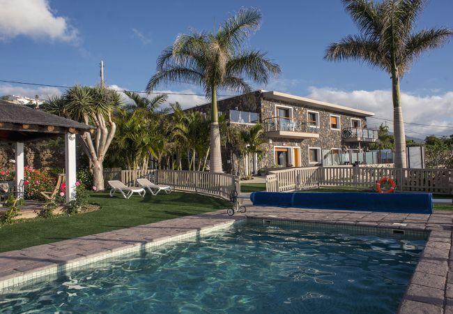 Apartamento en La Matanza de Acentejo - 1 Dormitorio, IMPRESIONANTE VISTA MAR, PISCINA CLIMATIZADA, Calefacción, Terraza y Jardín privados vista mar, wifi gratis (10)