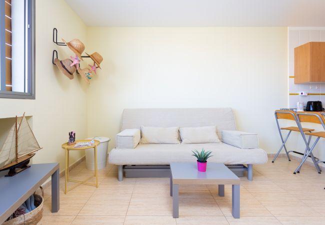Apartamento en El Medano - Médano, 250m playa, tranquilo, resguardado del viento, luminoso, Wifi gratis, Aire Acondicionado