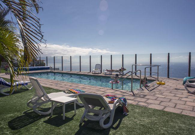Apartment in La Matanza de Acentejo - 2 Bedrooms, SEA VIEW, HEATED POOL 27ºC, HEATING, Free Wifi, private garden and barbecue (4)